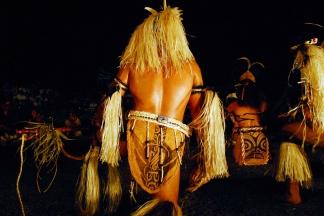 Soiree de danse a Taipivai, ici l'ile de Fatu Hiva en representation. Le Festival des Arts Marquisiens a eu lieu a Nuku Hiva du 15 au 19 decembre 2011. Plus de 3000 personnes etaient presentes sur l'ile pour assister a des demonstrations de danse, de chant et d'artisanat. Le Festival a lieu tous les quatre ans et reunit toutes les populations du pacifique. The Marquiseans Arts Festival occured on Nuku Hiva from december 15th to 19th 2011. More than 3000 people were there to watch demonstrations of dance, singing and artworks. This Festival happens every 4 years and gathers all the populations from the Pacific area. Taipivai, MARQUISES FRENCH POLYNESIA - 16/12/2011